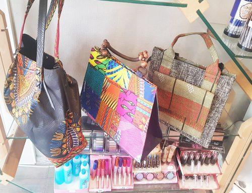 Vêtements et sacs à main