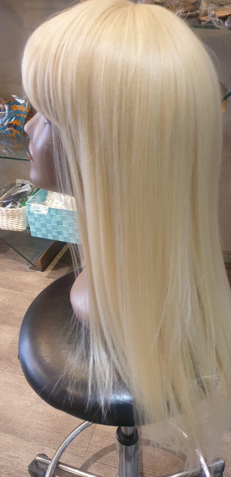 Perruque classique longue blonde