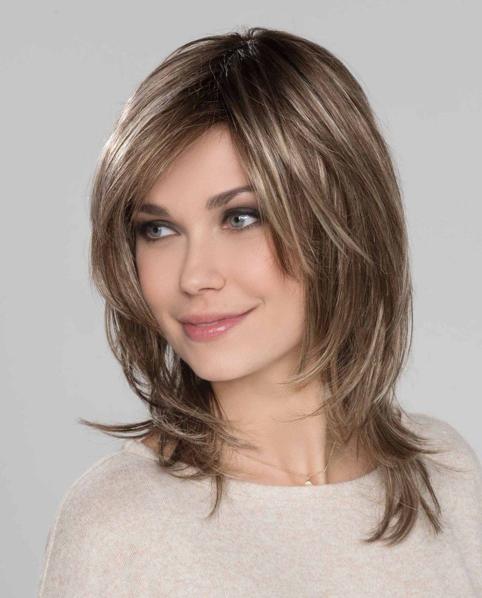 Perruque médicalisée cheveux coupe mi-longue
